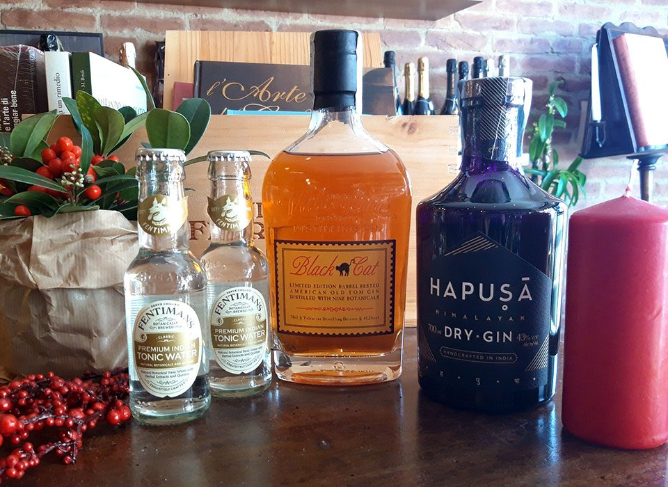 Enter in the curious Gin's world tasting Hapusa Gin and Black Cat Gin