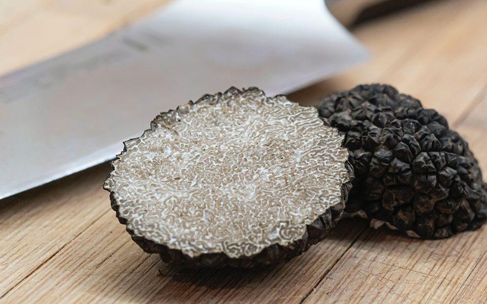 Tagliatelle alla Berni con tartufo nero pregiato